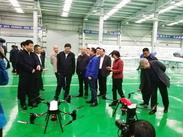 省委书记杜家毫勉励山河智能:做大做强航空航天产业