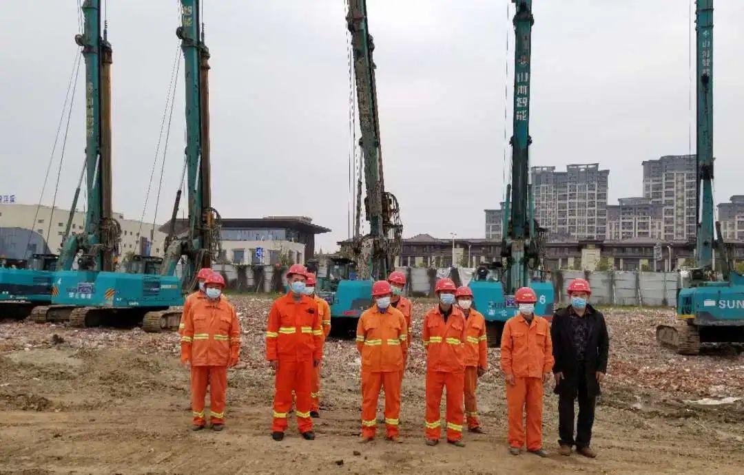 飒!他以11台旋挖钻占领荆州房建市场